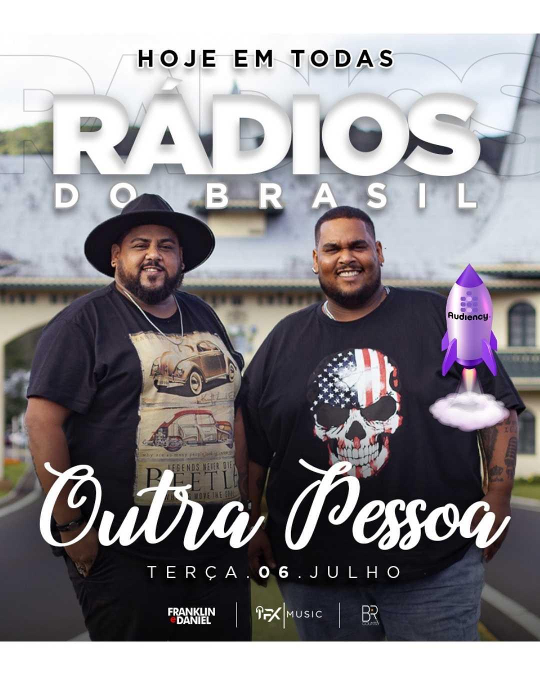 """Dupla Franklin e Daniel lança nova música de trabalho """"Outra pessoa"""" nas rádios do Brasil"""